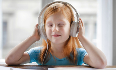 best-music-apps-kids-love-kid-on-headphone