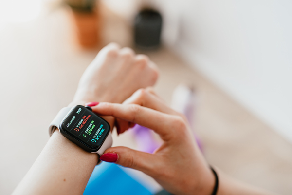 best-pedometer-apps-android-iphone-exercising-with-watch