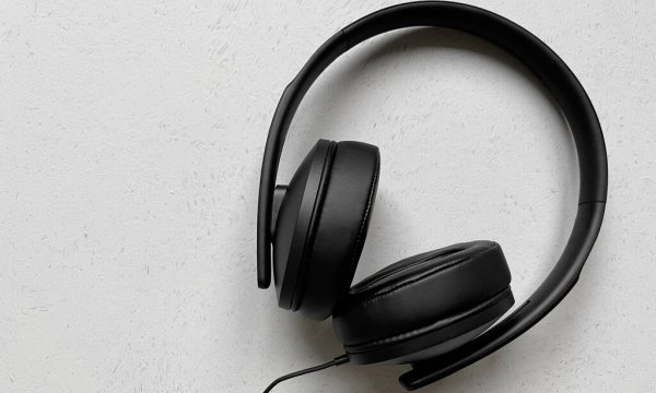 best-over-ear-headphones-featured-image